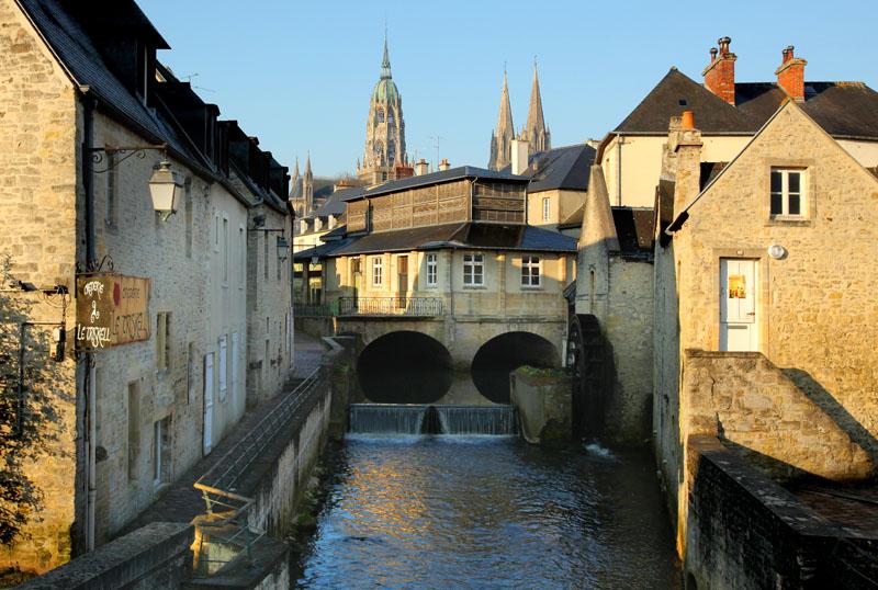 Bayeux - cité médiévale 01 © G.WAIT - OT Bayeux Intercom