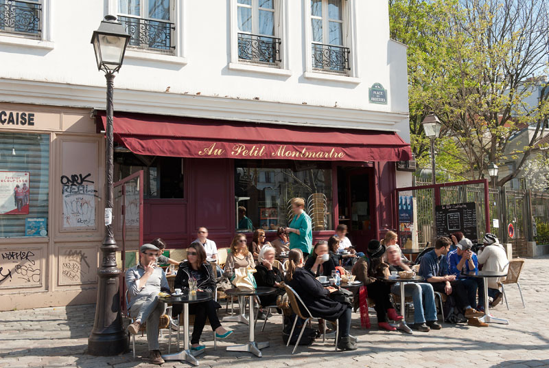 cafe montmartre @Prais Tourist Office Photgraphe Daniel Thierry