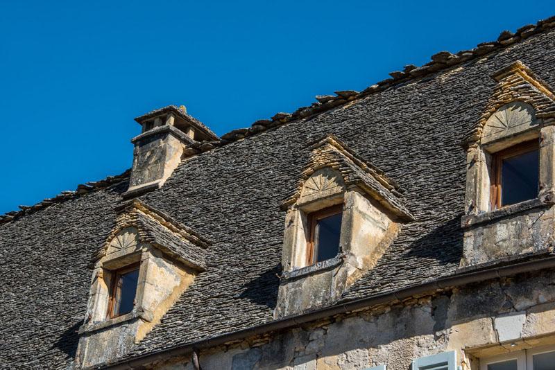 toit lauze st vincent de cosse © Penn Graphics - Office de Tourisme Sarlat Périgord Noir